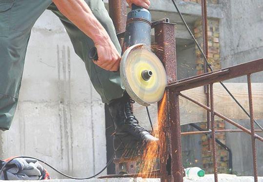 Демонтаж заборо и ограждений в Челябинске цена от 722 руб.